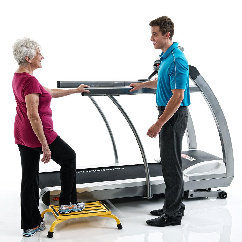 SCIFIT-Treadmill-AC5000M-007